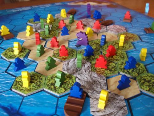 Peli alkuvaiheissaan. Kuva: Miguelón / BGG