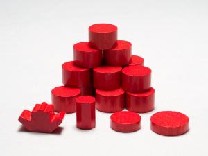 Punaisen valtion nappulat. Kuva: Mikko Saari