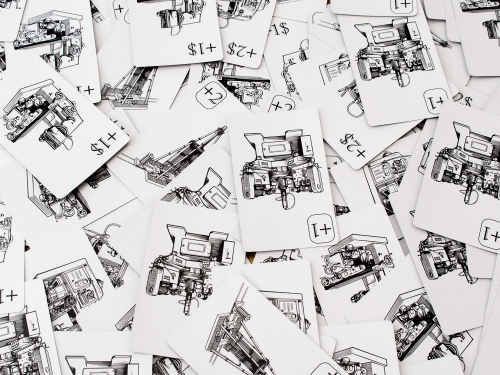 Making Profitin kortteja. Kuva: Mikko Saari