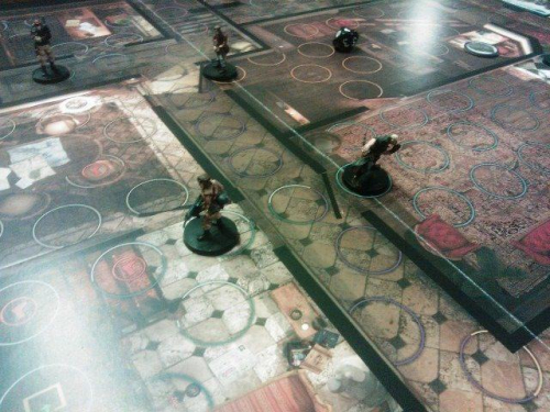 Natsi pakenee huoneeseen. Kuva: Tero Oksala
