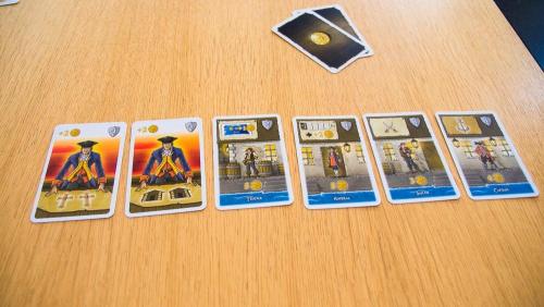 13 pistettä eli voittajan kortit. Kuva: Mikko Saari