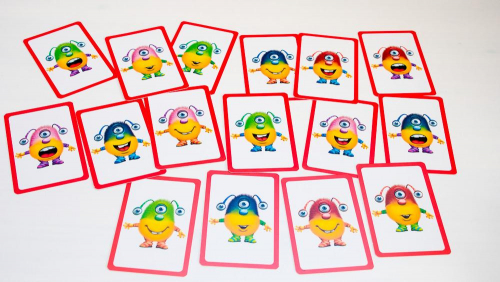 Pelin kortit. Kuva: Mikko Saari