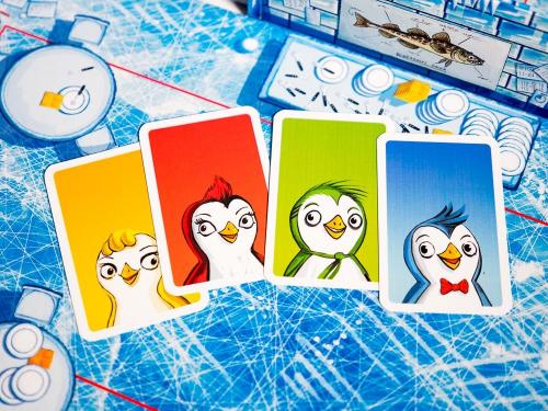 Pingviinikortit. Kuva: Mikko Saari