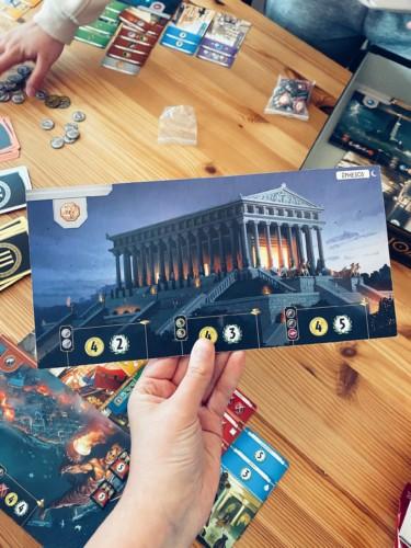 7 Wondersin ihmelauta (Efesoksen temppeli).